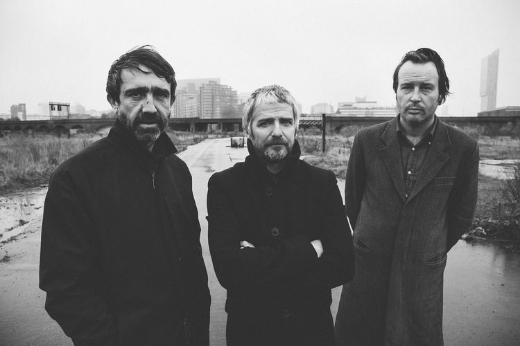 From your favourite sky I Am Kloot